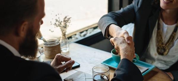 comment-un-courtier-negocie-le-meilleur-taux
